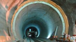 tunel Gotthard Base